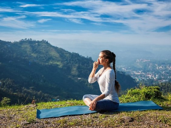 lifespa-image-pranayama-mountain-top-himalayas